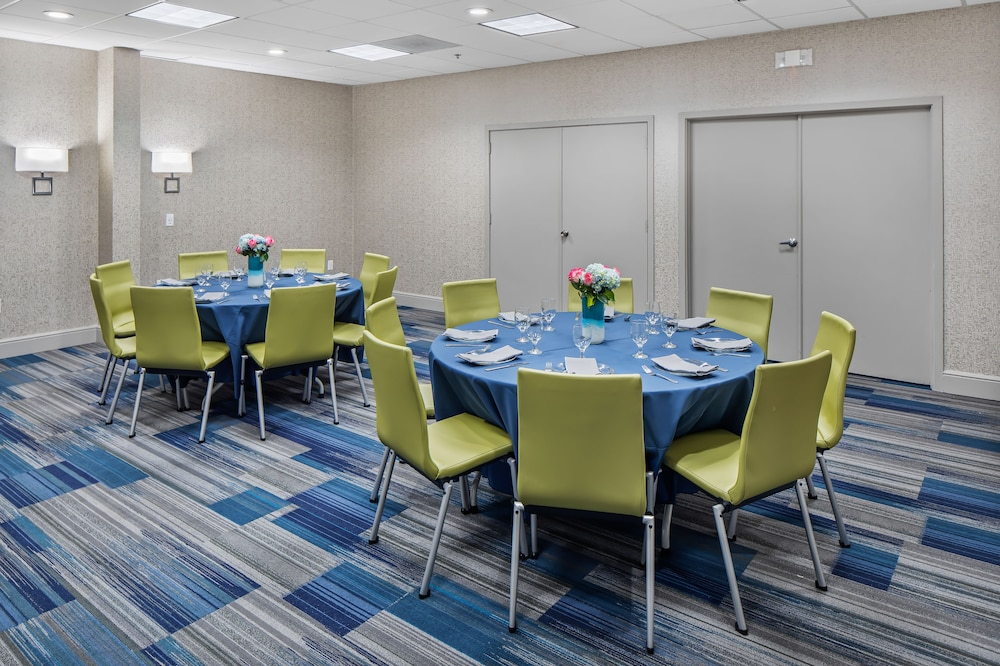 Banquet Hall, Holiday Inn Express Atlanta Airport - College Park
