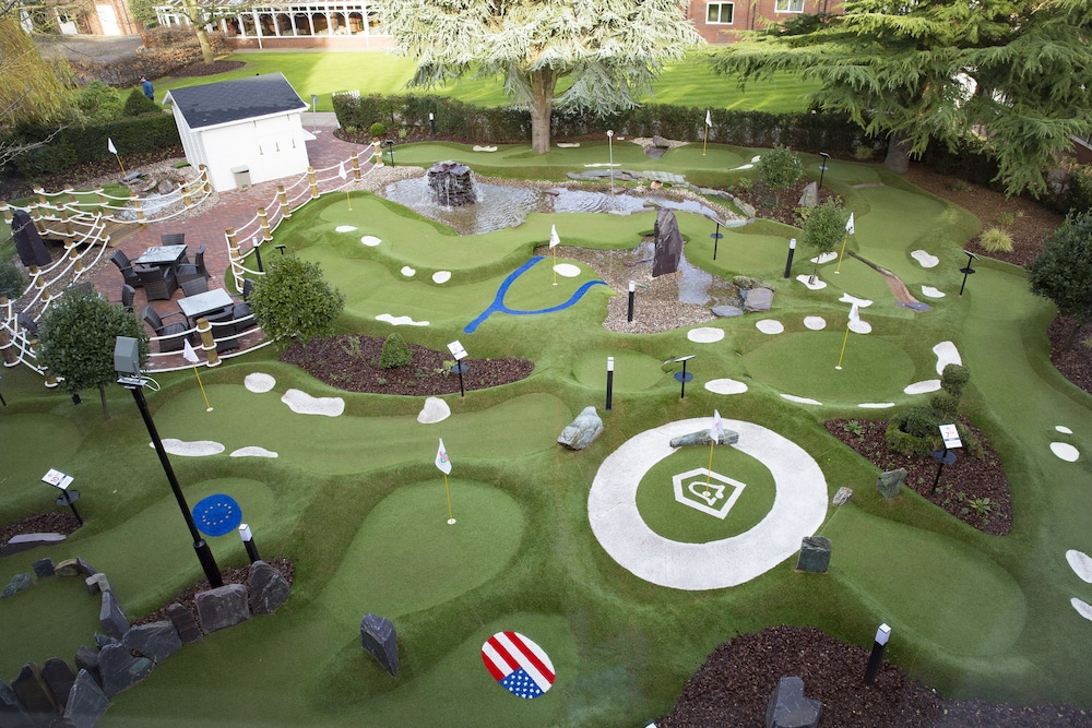 Mini-Golf, The Belfry