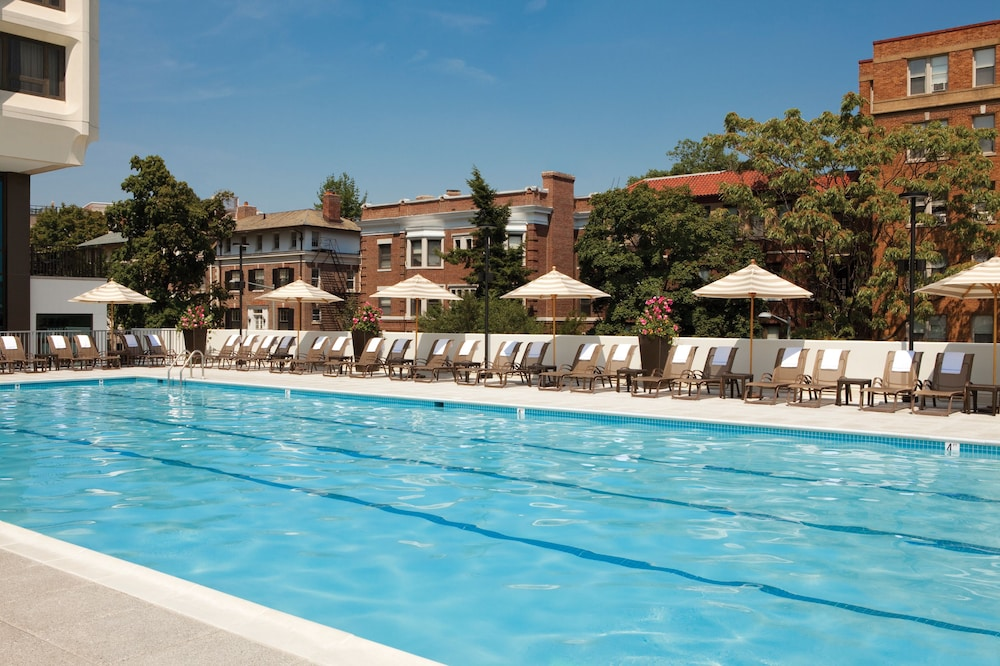 Outdoor Pool, Washington Hilton