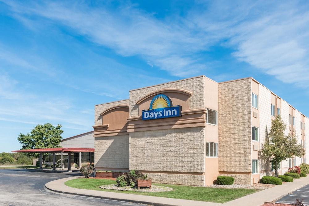 Days Inn By Wyndham Kirksville In Macon Hotel Rates Reviews On Orbitz