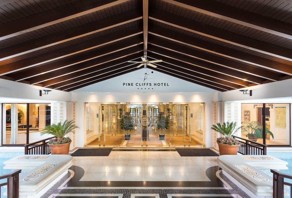 Pine Cliffs Hotel A Luxury Collection Resort Algarve Albufeira