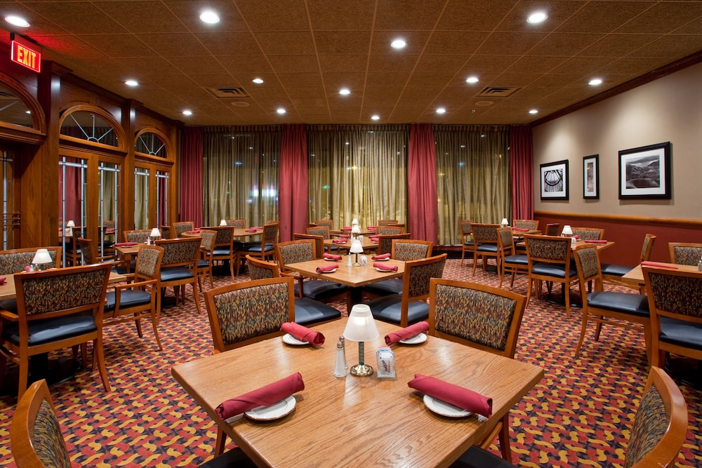 Restaurant, Holiday Inn Youngstown South