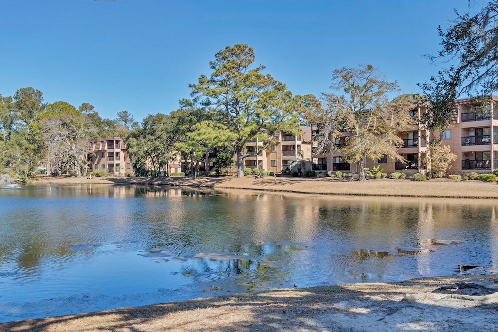 Lake, Hilton Head Island Beach & Tennis Resort