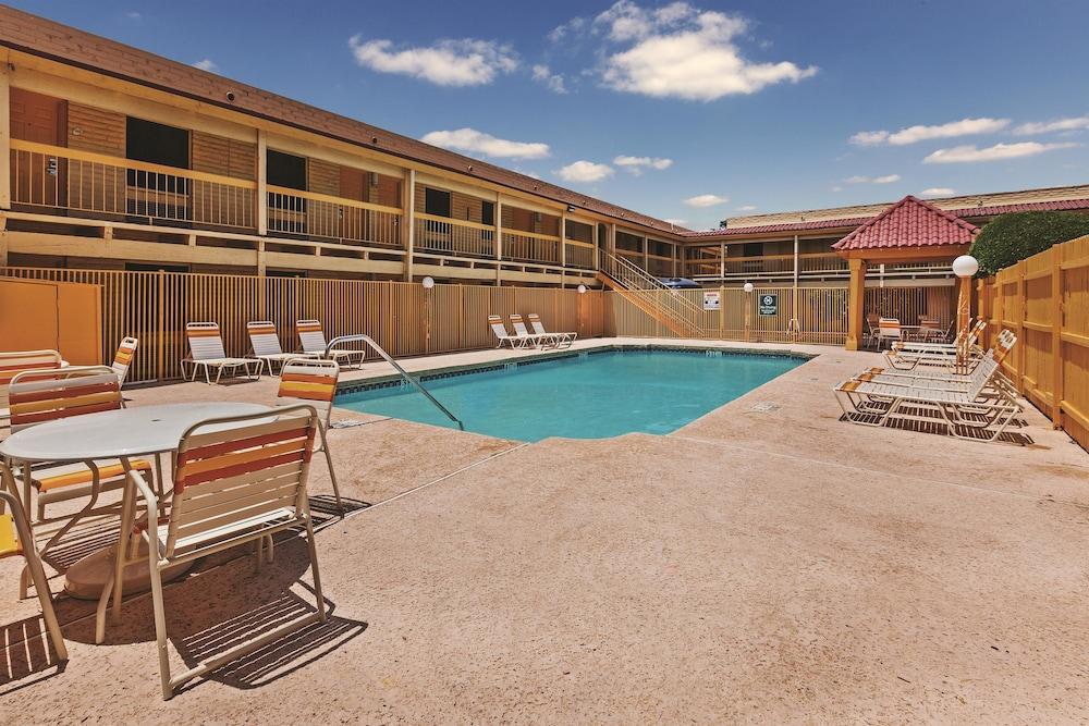 La Quinta Inn Wichita Falls Event Center North Deals Reviews Wichita Falls United States Of