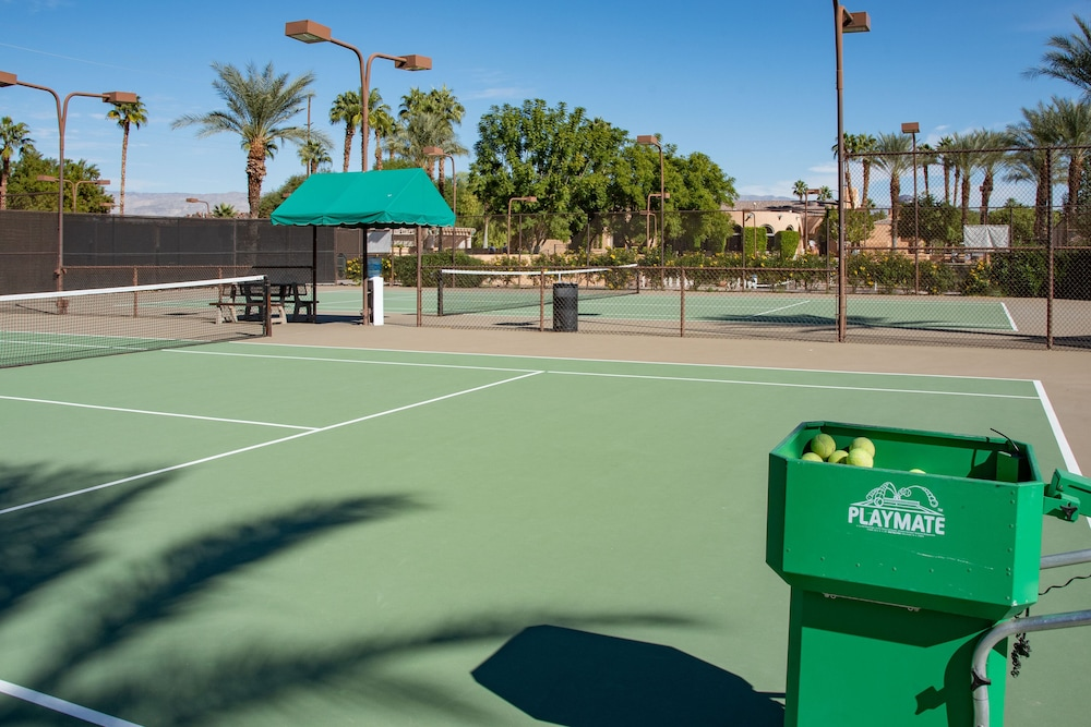 Sport Court, The Westin Mission Hills Golf Resort & Spa