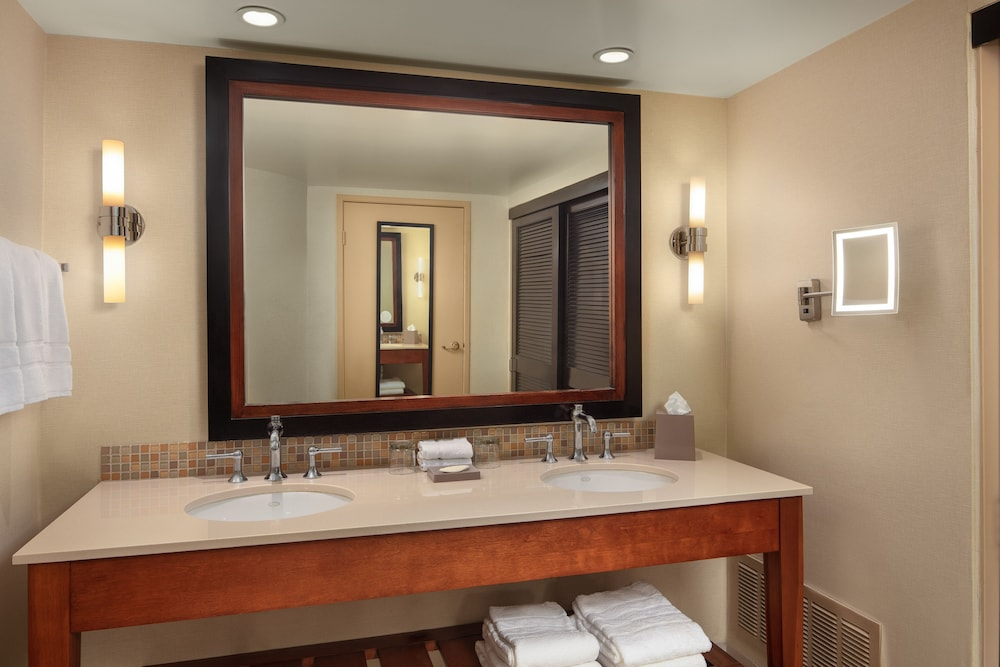 Bathroom, The Westin Mission Hills Golf Resort & Spa