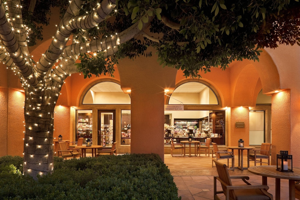 Restaurant, The Westin Mission Hills Golf Resort & Spa
