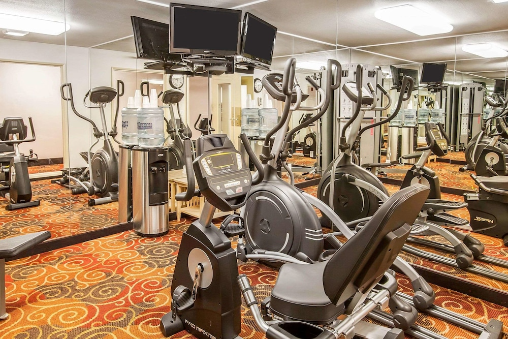 Fitness Facility, Quality Inn And Suites Vancouver