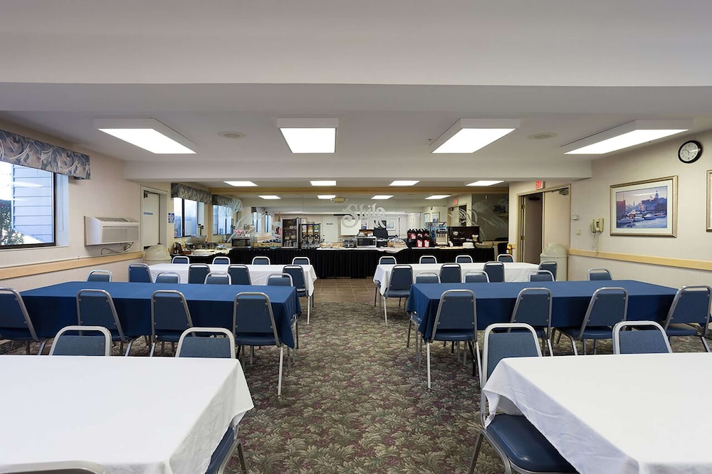Meeting Facility, Shilo Inn Suites Hotel - Warrenton