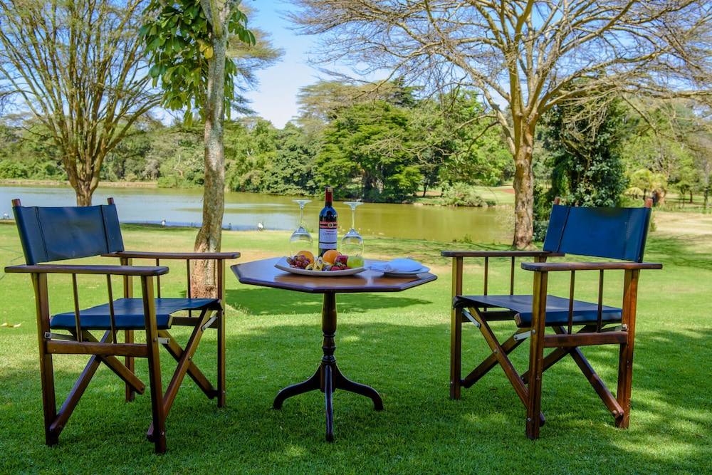 Outdoor Dining, Windsor Golf Hotel & Country Club