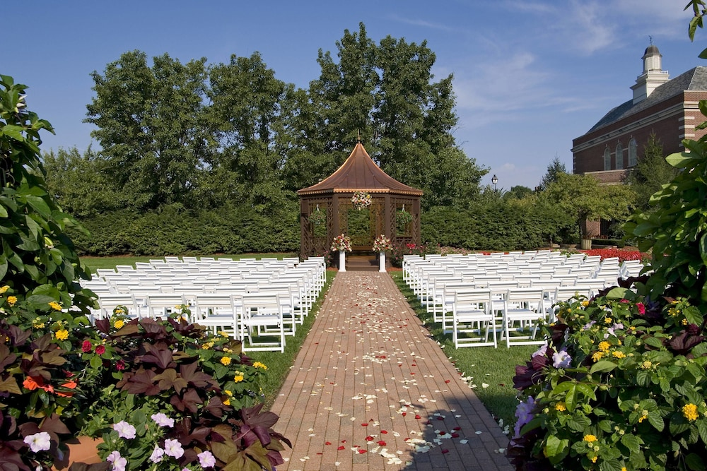 Outdoor Wedding Area, The Dearborn Inn, A Marriott Hotel