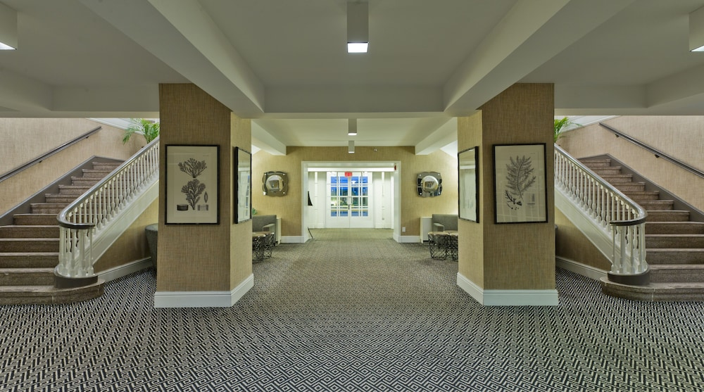 Interior, The Berkeley Oceanfront Hotel