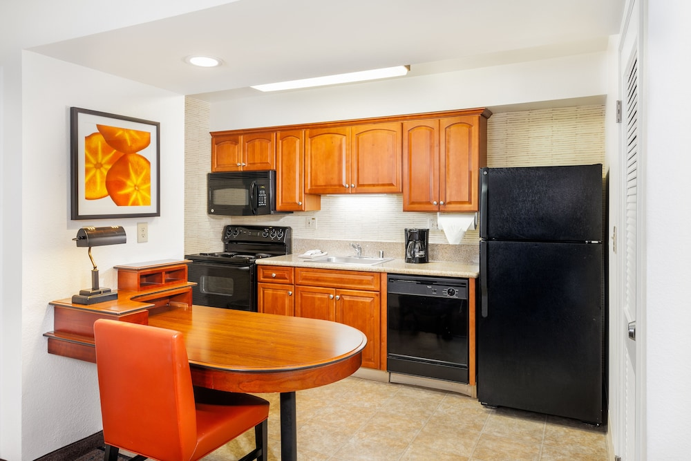 Private Kitchen, Clementine Hotel & Suites Anaheim