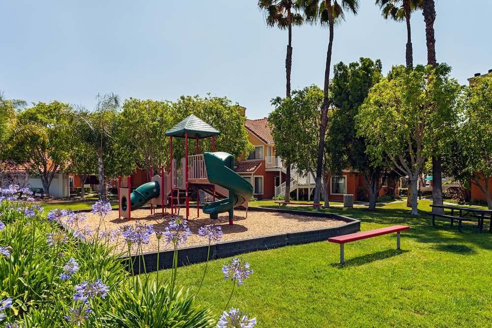 Children's Play Area - Outdoor, Clementine Hotel & Suites Anaheim