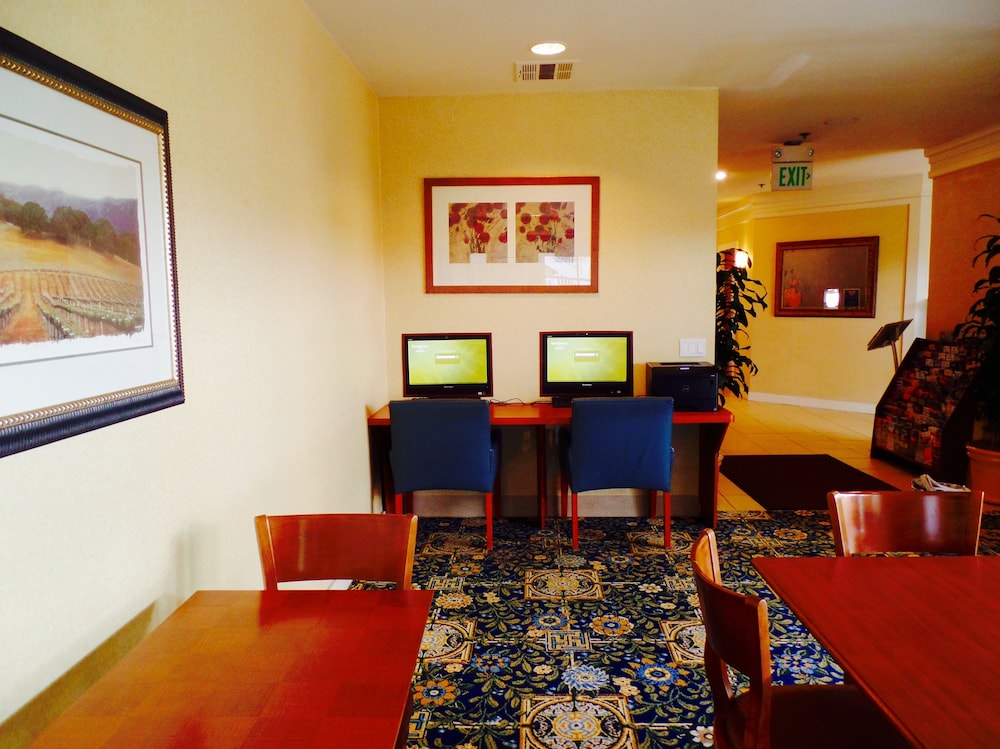 Business Center, Clementine Hotel & Suites Anaheim