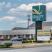 Quality Inn Breeze Manor