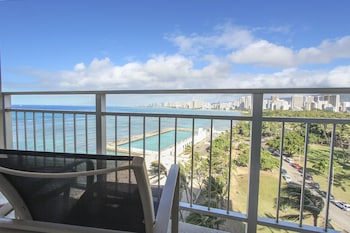 Superior Room, Ocean View (Ocean Waikiki) - Balcony