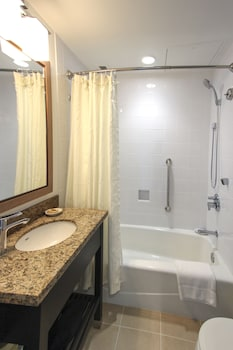 Economy Room (Moderate) - Bathroom