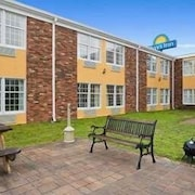 Days Inn Madisonville