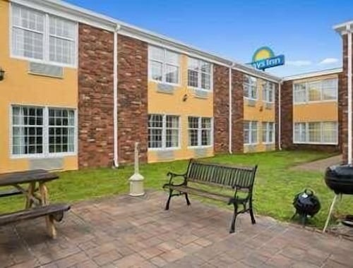Check Expedia for Availability of Days Inn by Wyndham Madisonville