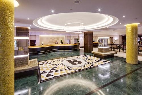 柏林布里斯托爾酒店