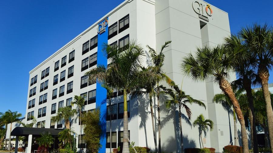 GLō Best Western  Ft. Lauderdale-Hollywood Airport Hotel