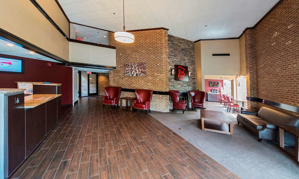 Lobby, Red Roof Inn Raleigh Southwest - Cary
