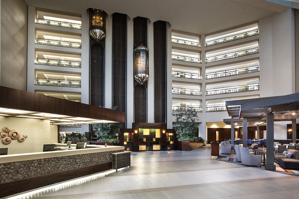 Interior Entrance, Hilton Bellevue