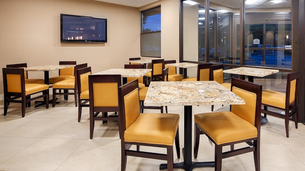 Breakfast Area, Best Western Plus BWI Airport Hotel / Arundel Mills