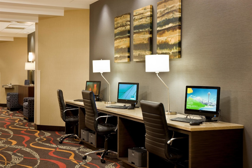 Business Center, Best Western Plus BWI Airport Hotel / Arundel Mills