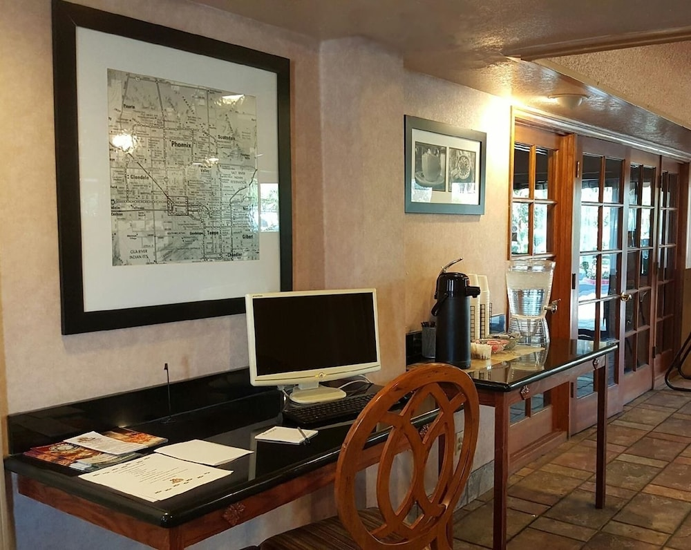 Concierge Desk, A Victory Inn & Suites Phoenix North
