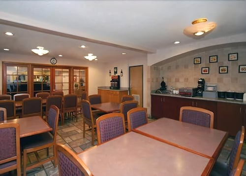 Restaurant, A Victory Inn & Suites Phoenix North