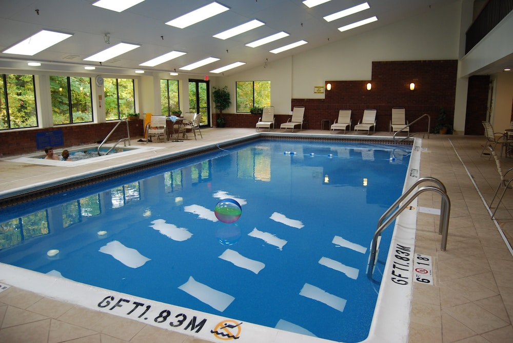 Indoor Pool, Holiday Inn Express South Burlington