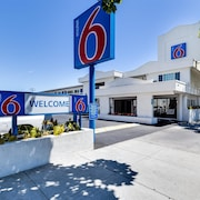 Motel 6 San Jose Convention Center