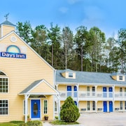 Days Inn by Wyndham Cornelia