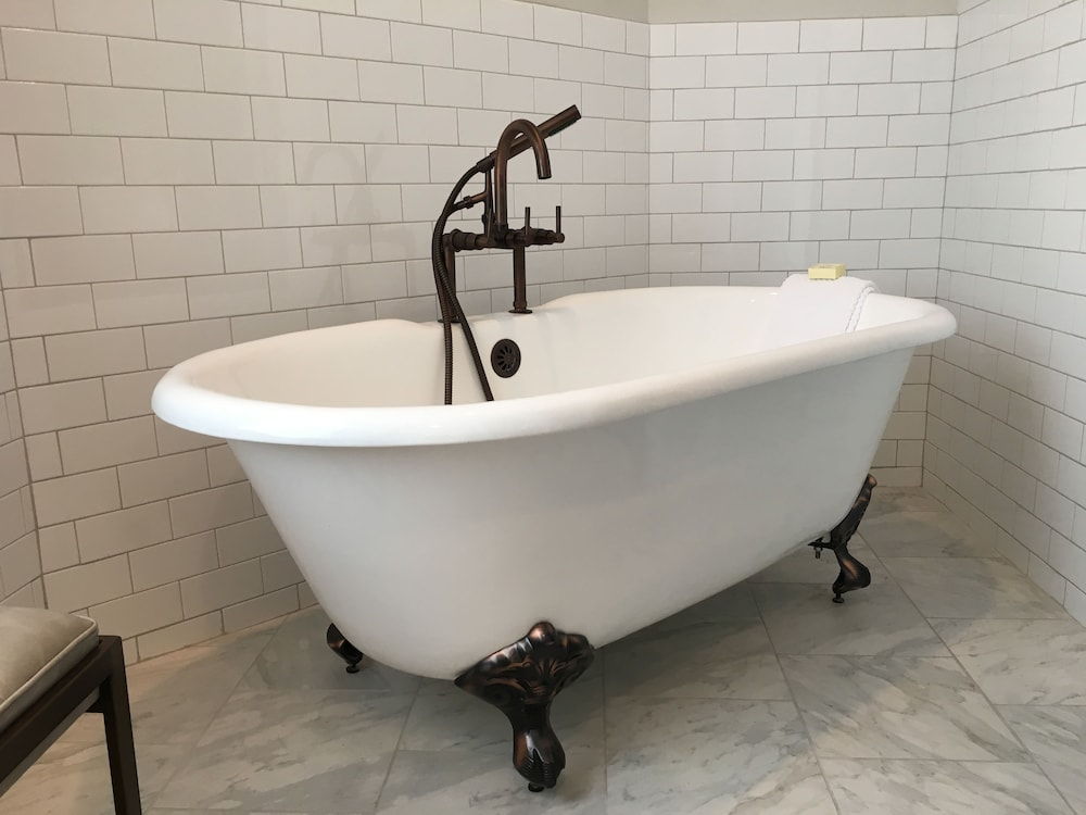 Deep Soaking Bathtub, Hotel Phillips Kansas City Curio Collection by Hilton