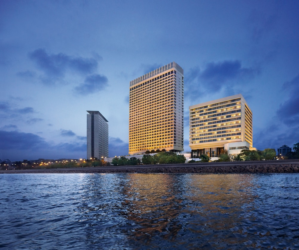 Exterior, The Oberoi Mumbai