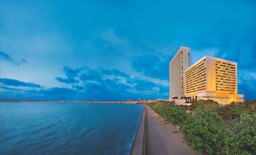 더 오베로이 뭄바이 호텔