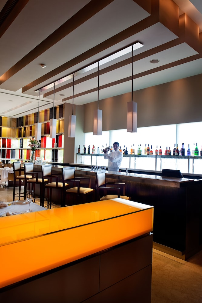 Bar, The Oberoi Mumbai
