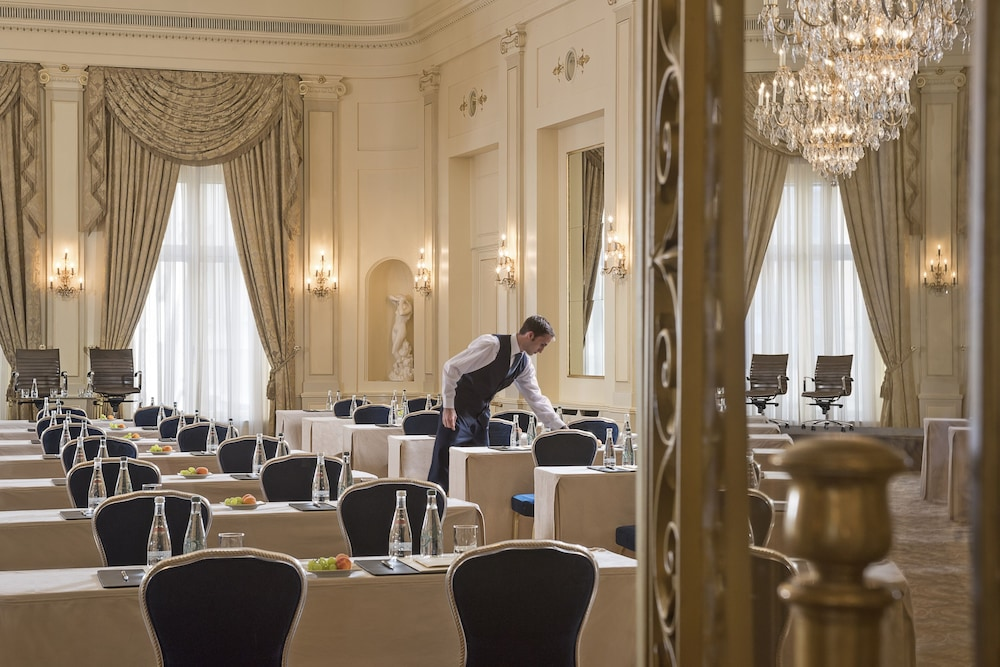 Meeting Facility, Four Seasons Hotel des Bergues Geneva