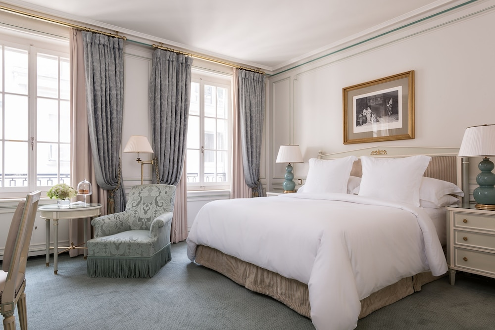 Room, Four Seasons Hotel des Bergues Geneva