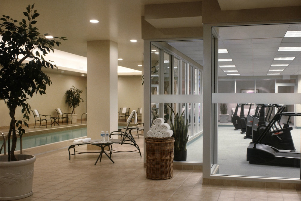 Fitness Facility, Courtyard by Marriott Downtown Toronto