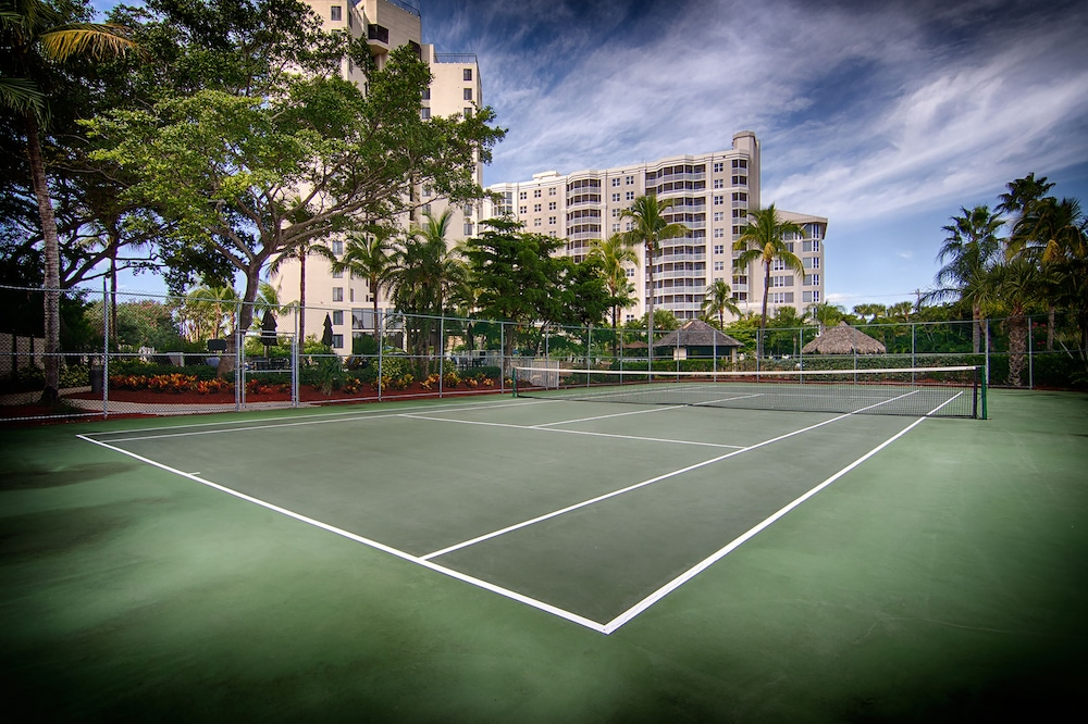 Tennis Court, Pointe Estero Beach Resort