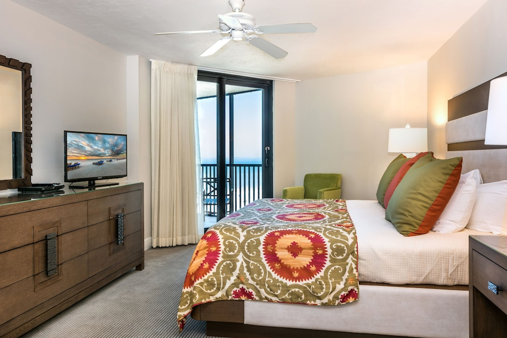 Room, Pointe Estero Beach Resort