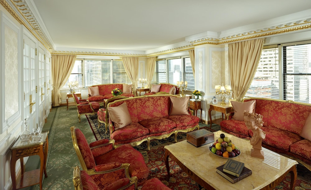 Room, Lotte New York Palace