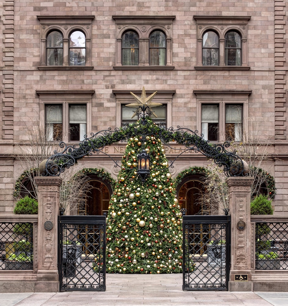 Exterior, Lotte New York Palace