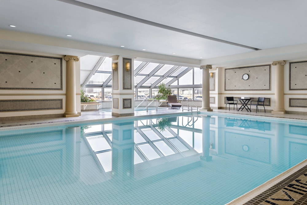 Indoor Pool, Sheraton Gateway Hotel In Toronto International Airport