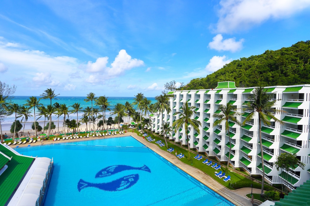 Pool, Le Meridien Phuket Beach Resort