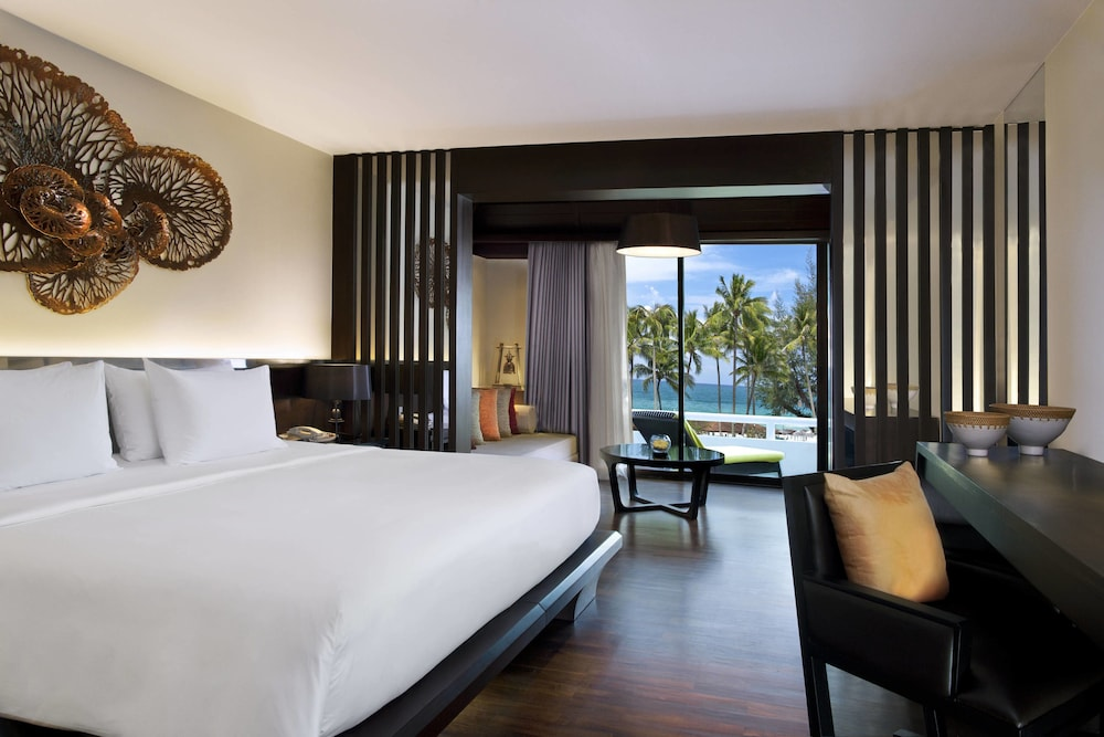 Room, Le Meridien Phuket Beach Resort