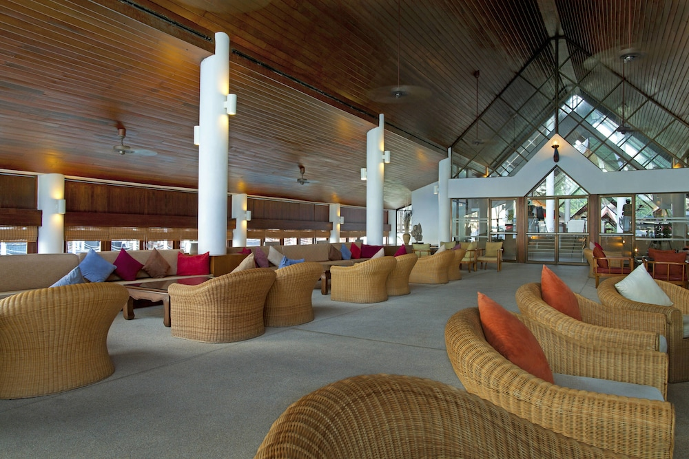 Lobby Sitting Area, Le Meridien Phuket Beach Resort